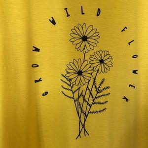 Lularoe Liv tshirt